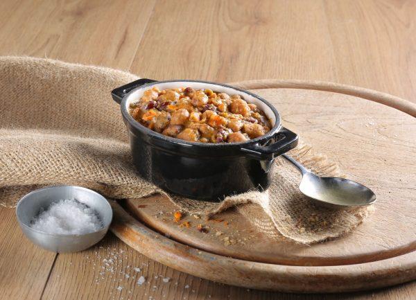 Noodrantsoen 25 jaar houdbaar bonenschotel met 5 soorten bonen klaargemaakt